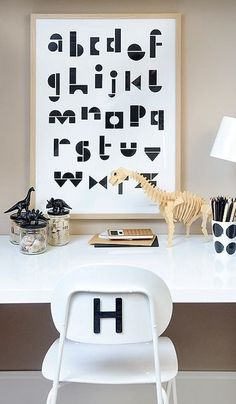 Kid desk - have this print and I like that Frame