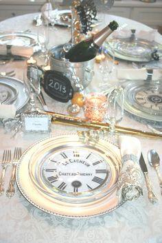 awesome DIY clock plates for a NYE wedding reception