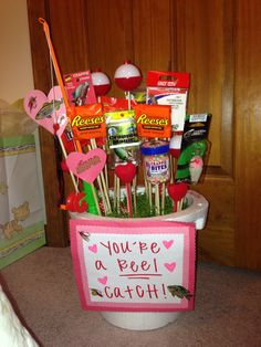 In honor of Valentines Day. My fishing themed man-bouquet complete with candy In honor of Valentines Day. My fishing themed man-bouquet complete with candy Bday Gifts For Him, Surprise Gifts For Him, Thoughtful Gifts For Him, Romantic Gifts For Him, Bf Gifts, Valentines Gifts For Boyfriend, Boyfriend Crafts, Valentine Gifts, Country Boyfriend Gifts