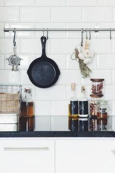 white tile backsplash + kitchen display