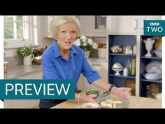 Crispy bacon rosti with fried eggs - Mary Berry Everyday: Episode 1 Preview - BBC Two - YouTube