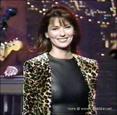Shania Twain 36D-24-35 hard nipples.