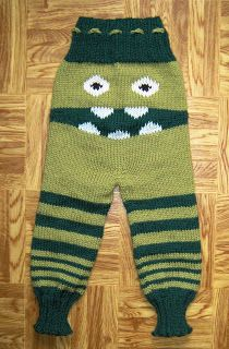 Ordentlige bleier: Monsterbukse oppskrift Knitting For Kids, Baby Knitting Patterns, Knitting Projects, Baby Barn, Designer Baby, Knit Pants, Pants Pattern, Baby Headbands, Kids And Parenting