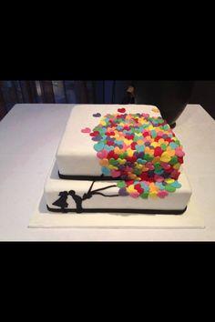 Such a cute cake design. Want it.
