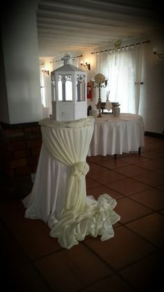 Draping of the gift table