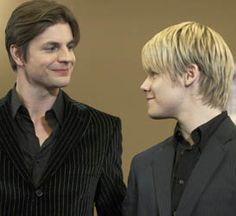 Brian McKinney (Gale Harold) & Justin Taylor (Randy Harrison) on Queer As Folk (USA)