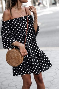 Dots by June Sixty-Five /Total look Fashion Details, Boho Fashion, Spring Fashion, Womens Fashion, Jennifer Aniston Style, Summer Wear, Summer Outfits, Casual Outfits, Street Style
