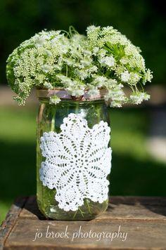 Shabby chic wedding mason jar vase add doilies to mason jars Colored Mason Jars, Mason Jar Vases, Chic Wedding, Trendy Wedding, Our Wedding, Wedding Country, Country Weddings, Bodas Shabby Chic, Just In Case