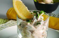 Salada de cogumelos com molho de iogurte