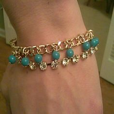 Perfectly blended chain & beads bracelet Perfectly blended chain & beads bracelet. Turquoise beads with gold chain and diamond gold chain Jewelry Bracelets