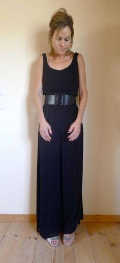 a4e8adea60a Vintage Black 80 s Jumpsuit   One Piece Pant Suit   80s Black Evening  Jumpsuit Size GB 10    US 8
