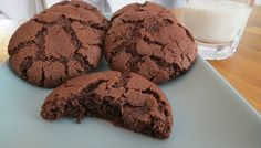 Low FODMAP double chocolate cookies