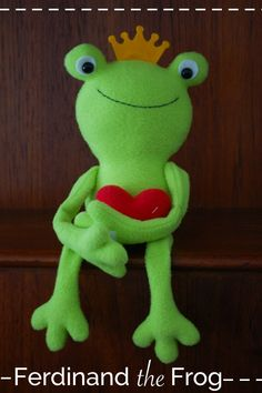 Free frog softie sewing pattern