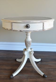 End Table – Chalk Paint Redo