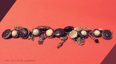 Upcycled Vintage Buttons Charm Bracelet | TUTORIAL