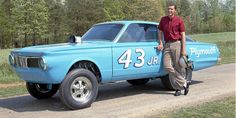 The King (Richard Petty) Goes drag racing. 1965 Plymouth Barracuda