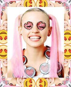 get the emoji look - i-D magazine