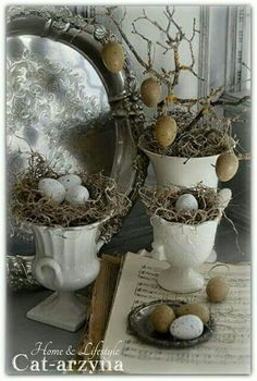 birdcage decorate easter - vintage french country easter eggs home decor - Spring Crafts, Holiday Crafts, Holiday Decor, Hoppy Easter, Easter Eggs, Ideas Actuales, Decor Ideas, Fiestas Party, Easter Parade