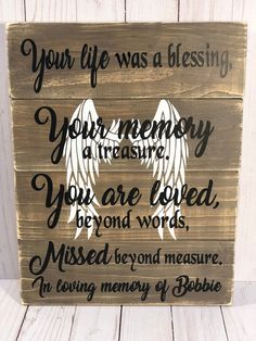 Memorial Gift, Per Grieving Gifts, Memorial Gifts, Memorial Ideas, Funeral Memorial, Memorial Ornaments, Memory Crafts, In Memory Gifts, Sympathy Gifts, Condolence Gift
