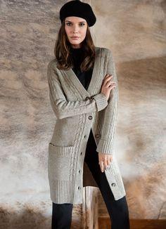 Cardigan en laine mérinos gris clair chiné Elégance de la Boutique Elegance Paris prix 299,00 € TTC