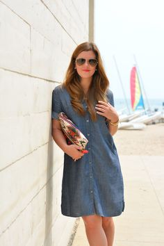 @annabaun from A Lily Love Affair is simply stunning in her J.Jill tencel and linen shirtdress.