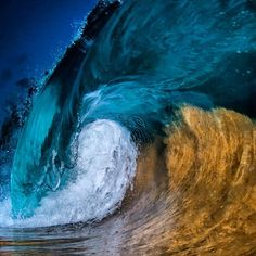 🌊📷⚡️⚡️⚡️Flash shot in the late evening. Clark Little Photography, Splash Photography, Stunning Photography, Nature Photography, Water Waves, Ocean Waves, Photo Splash, Shore Break, Stormy Sea
