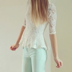 Lace peplum and mint jeans Cute Fashion, Modest Fashion, Look Fashion, Teen Fashion, Spring Fashion, Fashion Outfits, Girly Outfits, Pretty Outfits, Casual Outfits