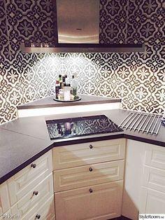 Exterior wall design kitchen cabinets 29 ideas for 2019 Home Decor Kitchen, Kitchen Interior, Interior Design Living Room, Home Kitchens, Kitchen Ideas, Corner Stove, Kitchen Corner, Kitchen Stove, New Kitchen