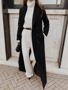 3 CHIC Street Style Outfits To Copy This Winter - Mode outfits - Hybrid Elektronike Street Style Outfits, Looks Street Style, Mode Outfits, Looks Style, Fashion Outfits, Fashion Trends, Street Style Clothing, Fashion Ideas, Classy Street Style