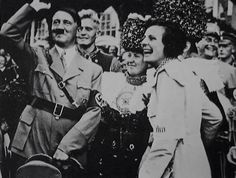 Nazi cinema: Adolf Hitler and director Leni Riefenstahl wave to the crowd in 1934 Paul Poiret, Berlin Olympics, Leni Riefenstahl, Nazi Propaganda, Evil People, The Third Reich, Hollywood, Fashion Designer, Oscar