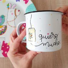 """624 Me gusta, 96 comentarios - Sol DecoHogar (@soldecohogar) en Instagram: """"Te quiero mucho! ❤ Que tengan un lindo día en casita 😘 Cuidémosnos entre todos 👍🏻 . . . . . . . .…"""" Mugs, Tableware, Instagram, Sun, Dinnerware, Cups, Tumbler, Dishes, Mug"""