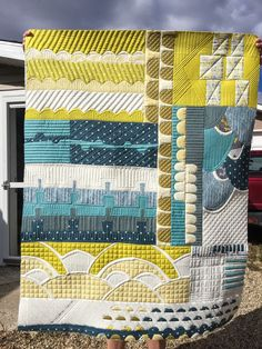 """What a gorgeously quilted quilt! """"Kathleen's Collection Quilt"""" by Kathleen Riggins of Kathleen Quilts."""