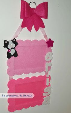 Un regalo per Erisa Felt Crafts, Diy And Crafts, Crafts For Kids, Kindergarten Crafts, Diy Photo, Hanging Wall Art, Projects To Try, Creations, Crafty