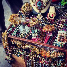 GK M Block's trendy Flea Market,  #junk #jewelry #india #GreaterKailash #delhi #stones #ring #necklace #earring #fleaMarket #shopping #trendy #color #beautiful #bead