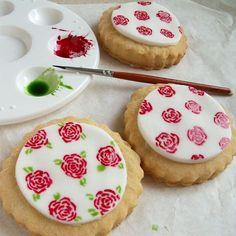 hand painted roses tutorials | ... # decoratedcookies # rose # roses # doily # flower # sweet # tasty