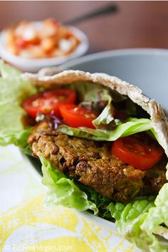 Aubergine, lentil and quinoa burger 121 cal