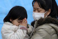 カメラが見た東日本大震災 VOL.4「祈り」   経済の死角   現代ビジネス [講談社]