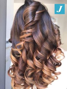 Welcome to the new season _ Degrade Joelle Curled Hairstyles, Pretty Hairstyles, Men Blonde Hair, Curls For Long Hair, Different Hair Colors, Ombré Hair, Brown Hair With Highlights, Hair Colours, Scene Hair