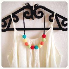 ご覧いただきましてありがとうございます!カラフルなコットン糸をまんまるに編みつなげた、ポップなネックレスを作ってみました(*^^*)夏に似合いそうな、鮮かなト...|ハンドメイド、手作り、手仕事品の通販・販売・購入ならCreema。