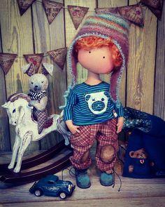 264 отметок «Нравится», 13 комментариев — 🎀КУКЛЫ РУЧНОЙ РАБОТЫ🎀 (@olgachertova_dolls) в Instagram: «Собственно - дружочек❤ #olgachertova_dolls #кукларучнойработы #кукламальчик #куклаизткани…» Doll Clothes, Teddy Bear, Textiles, Dolls, Animals, Animales, Animaux, Puppet, Doll