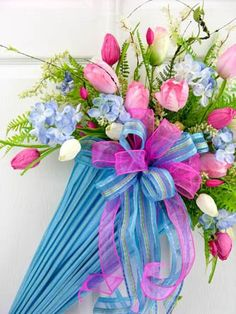 Spring Tulip Umbrella in Blue Umbrella Wreath, Umbrella Crafts, Baby Door Hangers, Paper Umbrellas, Spring Shower, Summer Wreath, Spring Wreaths, Easter Wreaths, Spring Crafts