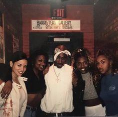 90s Hip Hop, Hip Hop Rap, 2pac Pictures, Tupac Art, Lauren London Nipsey Hussle, Tupac Makaveli, 80s Aesthetic, Tupac Shakur, American Rappers