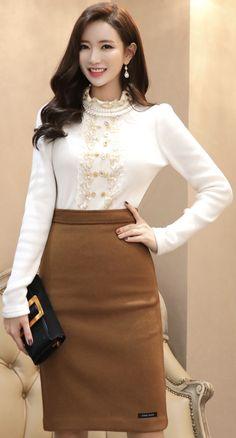 StyleOnme_Wool Blend Handmade H-Line Skirt #brown #camel #pencilskirt #elegant #koreanfashion #kstyle #kfashion #falltrend