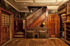 Old House for sale in Montréal St Denis http://albums.phanfare.com/isolated/TvBJRskL/1/5474684_6207935#imageID=150706706