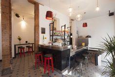 chatarra coctel bar. Santa Teresa, 8 Madrid