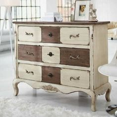 As you are getting ready for your holiday, feast on some of my favorite Chalk Paint®ed pieces. Happy Thanksgiving! ...