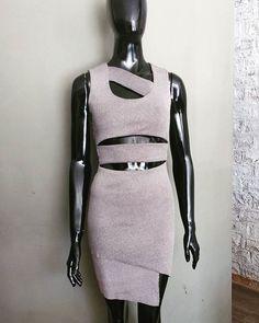 Iniciando o dia com esse lindo vestido, todo em recortes assimétricos😍😍😍#colecaoverao  #novidadesgarimpo  Vestido: 189,00