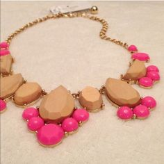"""🎉HOST PICK🎉Kate Spade Day Tripper necklace Bold clusters of multishaped wood blocks and stones line the front of a statement-making bib necklace offered in a variety of eye-catching hues. - 17"""" length; 3"""" extender; 1 1/2"""" drop - Lobster clasp closure - 12k-gold plate/epoxy/resin kate spade Jewelry Necklaces"""
