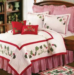 Buy Holiday Traditions Christmas Quilt Luxury Queen Bedding Ensembles At Wildorchidquilts. Cottage Christmas, Cozy Christmas, Country Christmas, Christmas Ideas, King Size Quilt, Queen Quilt, Christmas Bedding, Bed Photos, Quilt Bedding