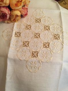 Hardanger Embroidery, Lace Embroidery, Cross Stitch Embroidery, Embroidery Patterns, Stitch Patterns, Drawn Thread, Bargello, Labor, Irish Lace